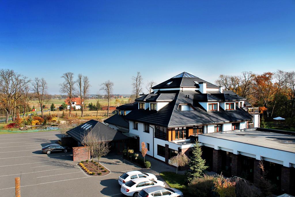 Kolumna Park Hotel Łask